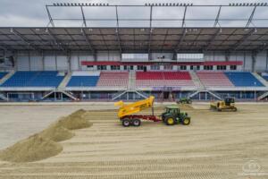 Nowa Murawa na Stadionie Gliwickiego Piasta 010
