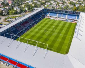 Nowa Murawa na Stadionie Gliwickiego Piasta 019
